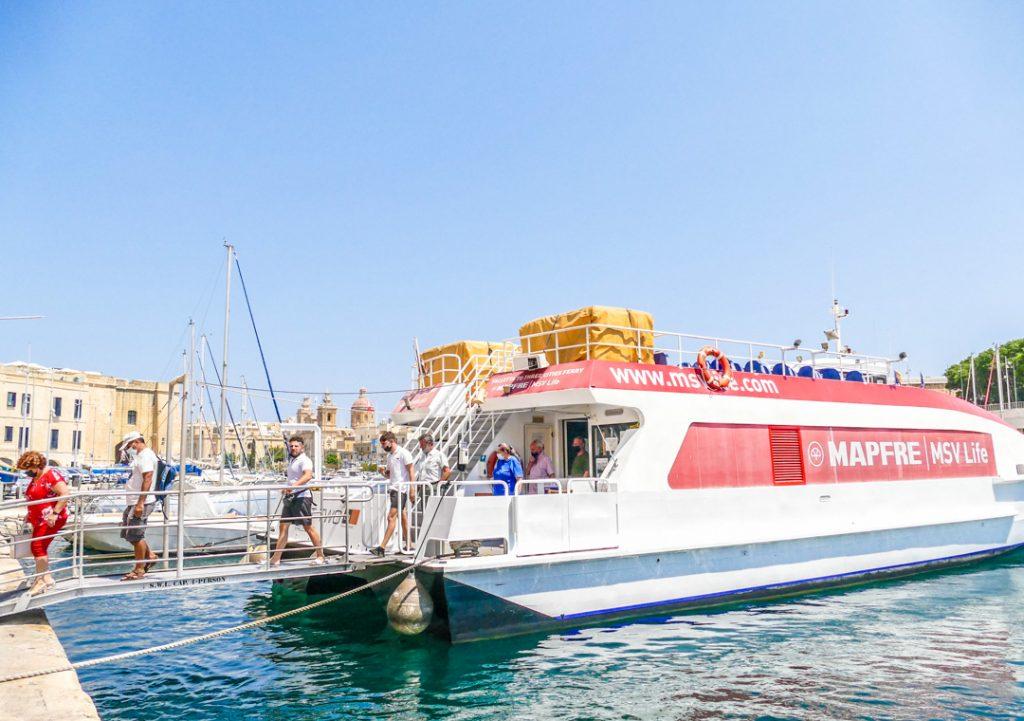 Vittoriosa to Valletta
