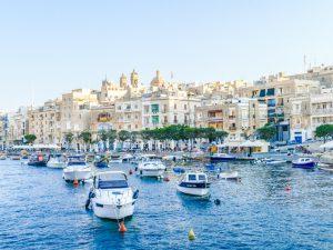 Cospicua to Valletta